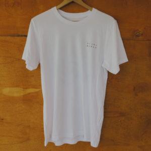 camiseta blanca frente
